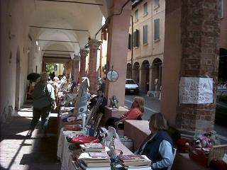 Nonsoloarte mercatini fiere antiquariato mercatini for Antiquariato bologna